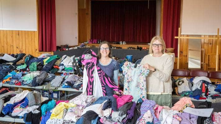 Stuff – 'Inundated with kindness and clothing' for Gloriavale leavers